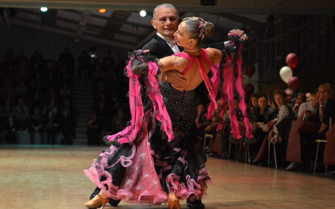 Бальный танец фокстрот — краткая характеристика.