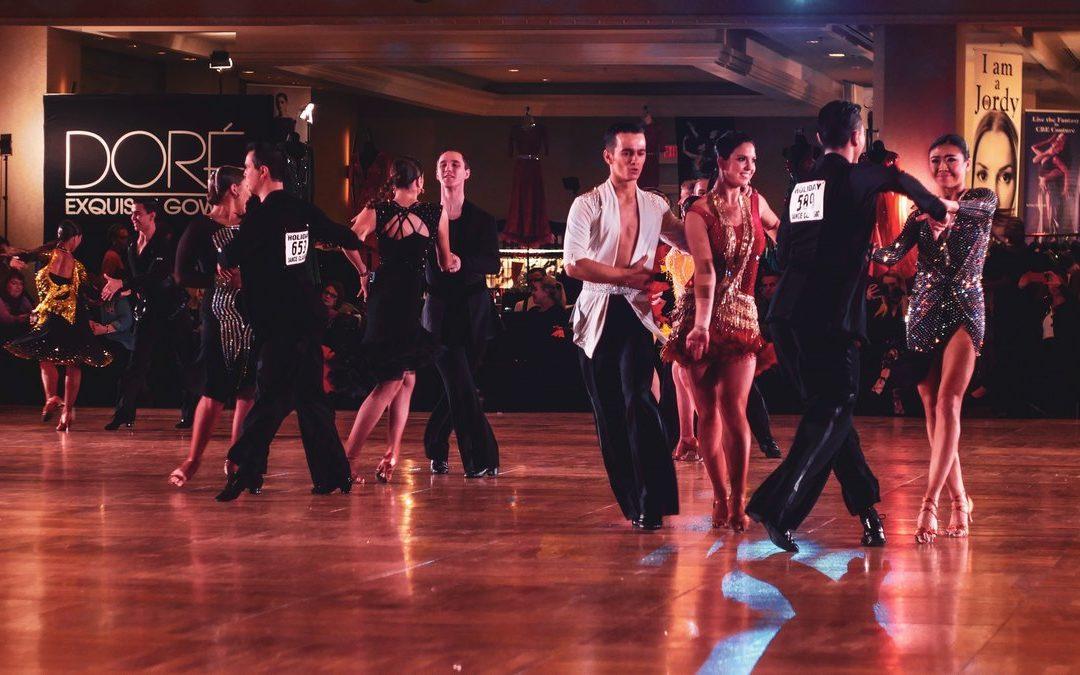 Спортивные бальные танцы — признанный вид спорта.